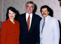 Opening of one-man exhibition, with the governor of Illinois state Jim Edgar. Chicago (U.S.A.) 1993.